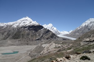 ダルン・ドゥルン氷河
