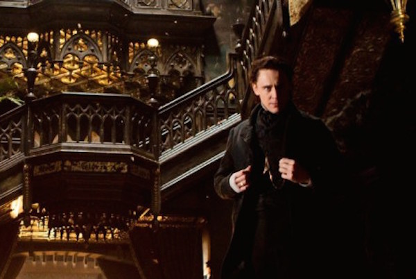 Crimson-Peak-Empire-spread-Hiddleston-closeup-700x300.jpg