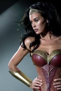 wonder-woman-megan-gale-404x600.jpg