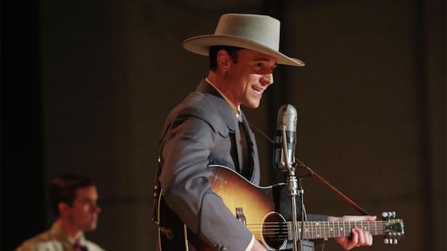 トム・ヒドルストンが伝説のカントリー歌手を演じる『I Saw the Light』の予告編が公開