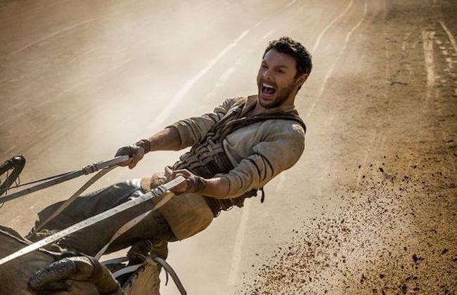 『ベン・ハー』リメイクの写真が初公開「やっぱりチャリオットレース!」