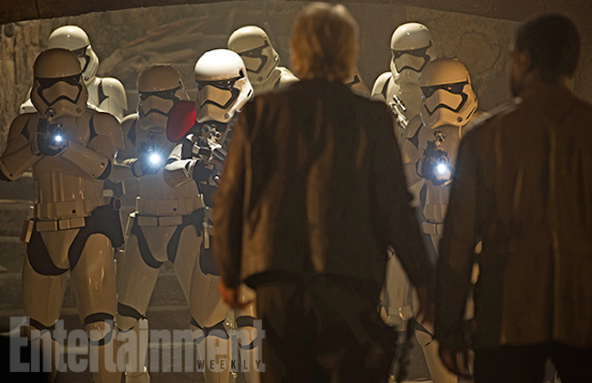 Star wars the force awakens deleted scenes stormtroopers