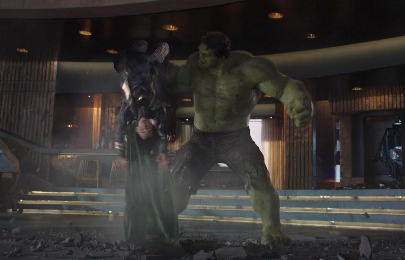 avengers-loki-hulk-smash.jpg