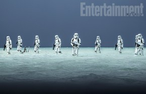 rogue-one-a-star-wars-story-stormtroopers-beach.jpg