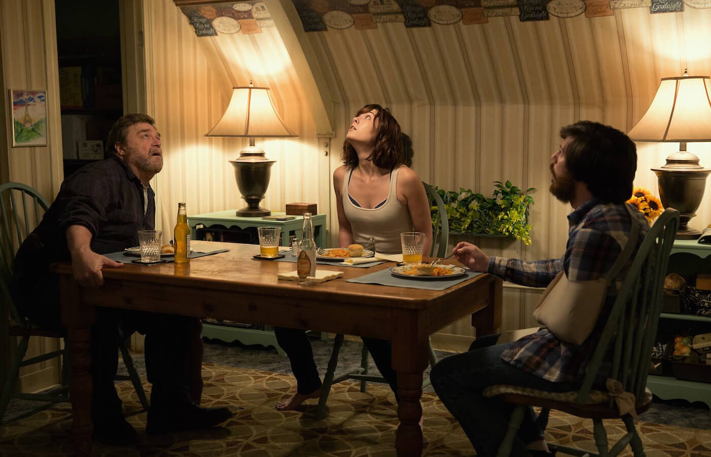 10 cloverfield lane john goodman mary elizabeth winstead john gallagher jr