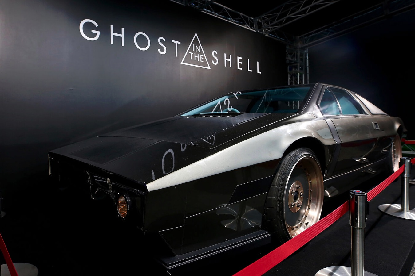 Ghost in the shell batou car 10 copy