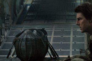 the-mummy-movie-image-tom-cruise-sarcophagus.jpg