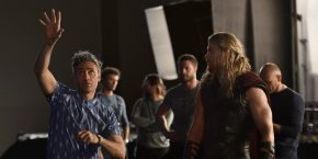 thor-ragnarok-chris-hemsworth-taika-waititi-2.jpg